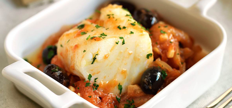 COD COOKED WITH ONIONS