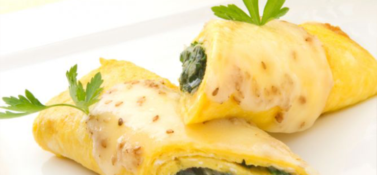 ROLLS OF OMELETTE WITH SPINACH AND CHEESE
